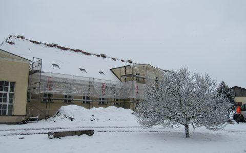 Remont dworku w zimowej scenerii w ramach projektu INT161 Kulice-Schwedt